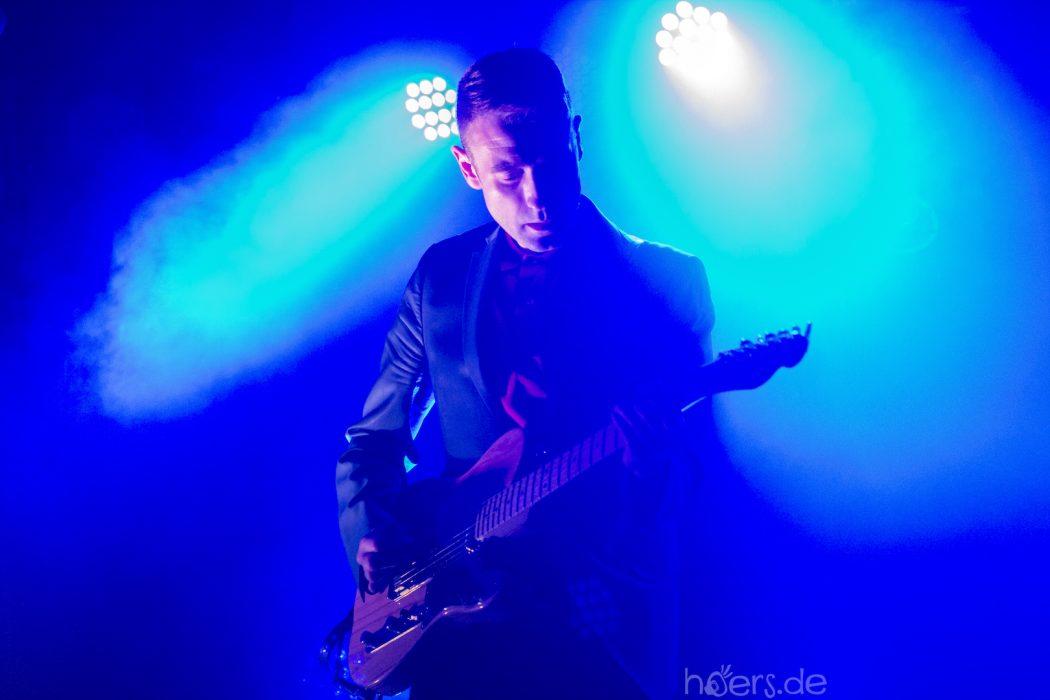 Johnny Blake - Zoot Woman Absence Tour - Bi Nuu - hoers.de