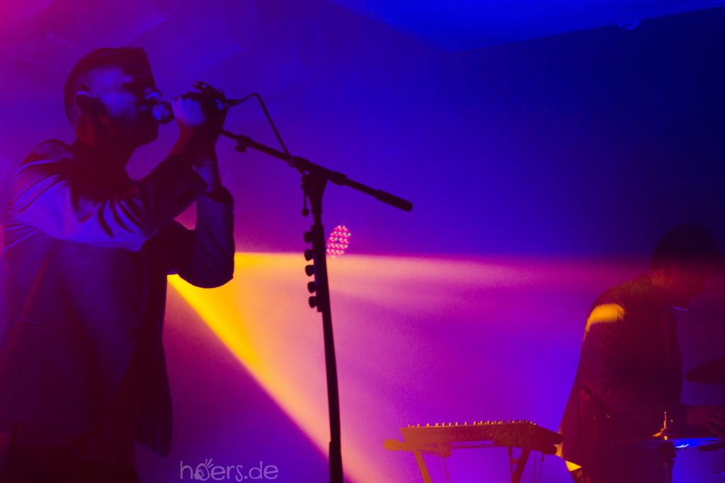 Johnny Blake - Adam Blake - Zoot Woman Absence Tour - Bi Nuu - hoers.de