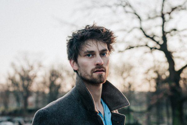 Ian Late veröffentlicht sein Debüt Album Choices