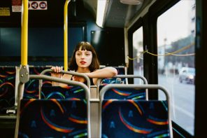 "Stella Donnelly ""Beware of the Dogs"" – Indie Folk Melodien mit bissigen Texten"